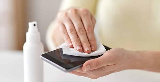 Smartphone-Reinigung: Wie macht man es am Besten?