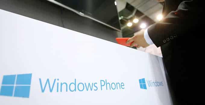 Das neue Microsoft Klapp-Handy - die ersten Details sind bekannt