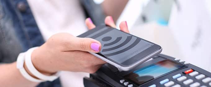 Zahlen mit dem Smartphone wird immer beliebter